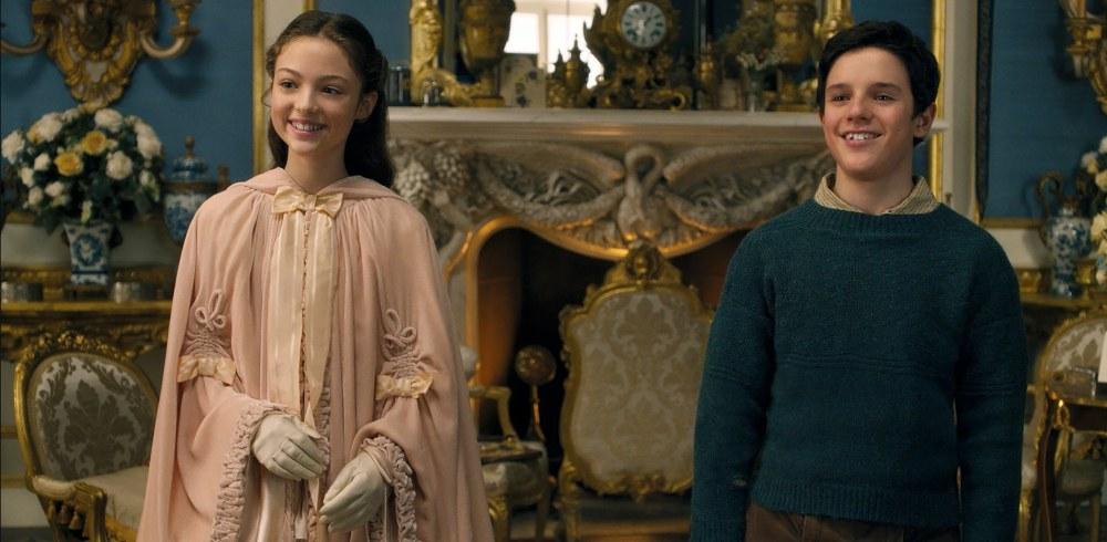 """น่ารักมาก!! คาร์เมล ลาเนียโด ผู้รับบท """"เลดี้โรส"""" สาวน้อยผู้สง่างาม ..."""